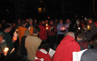 Caroling on Upland Road Green (2)