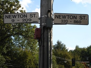 Newton St at Grove St New Sign